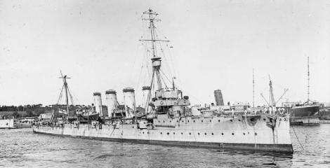 Aspecto del HMS Gloucester en 1909 de la clase Town