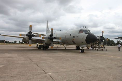 El Orion 22-35 preparándose para participar en la Operación Atalanta en la Base Aérea de Morón de la Frontera el pasado mes de julio (Gorka L Martínez Mezo)