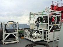 Sistema utilizado en la Armada Española en el buque Neptuno A-20 para realizar suministro de aire en operaciones de salvamento y rescate de submarinos.
