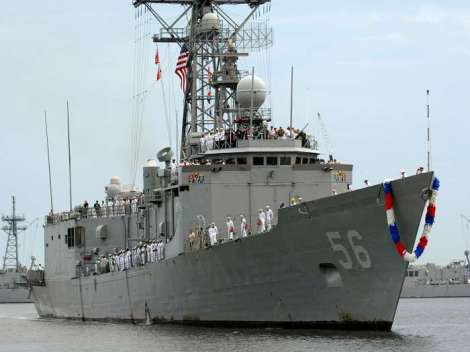 La fragata USS SIMPSON (FFG_56) (US Navy)