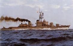 El D42 ROGER DE LAURIA. En estos dos buques las antenas de sus equipos ESM se monaban en su único mastil de proa (FlicR Armada Españpla)
