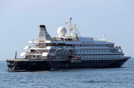 Cruiser SeaDreams I Puerto Banús (1)