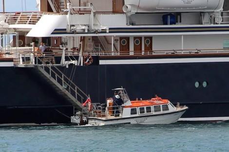 Cruiser SeaDreams I Puerto Banús (8+)
