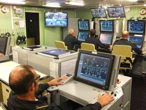 control de daños fragata noruega hnoms helge ingstad (f-313) (15)