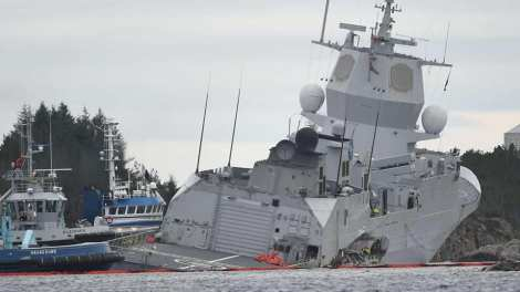control de daños fragata noruega hnoms helge ingstad (f-313) (25)