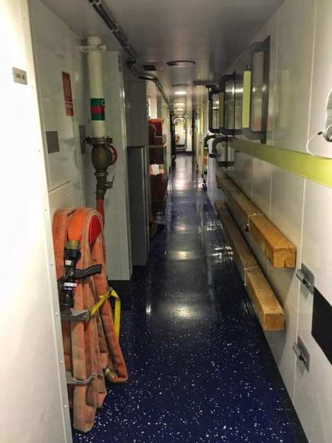 control de daños fragata noruega hnoms helge ingstad (f-313) (7)