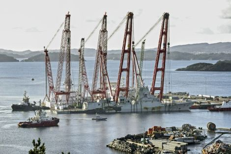 Fragata Noruega Helge Ingstad f313 foro naval naufragio abordaje hundimiento salvamento (1)