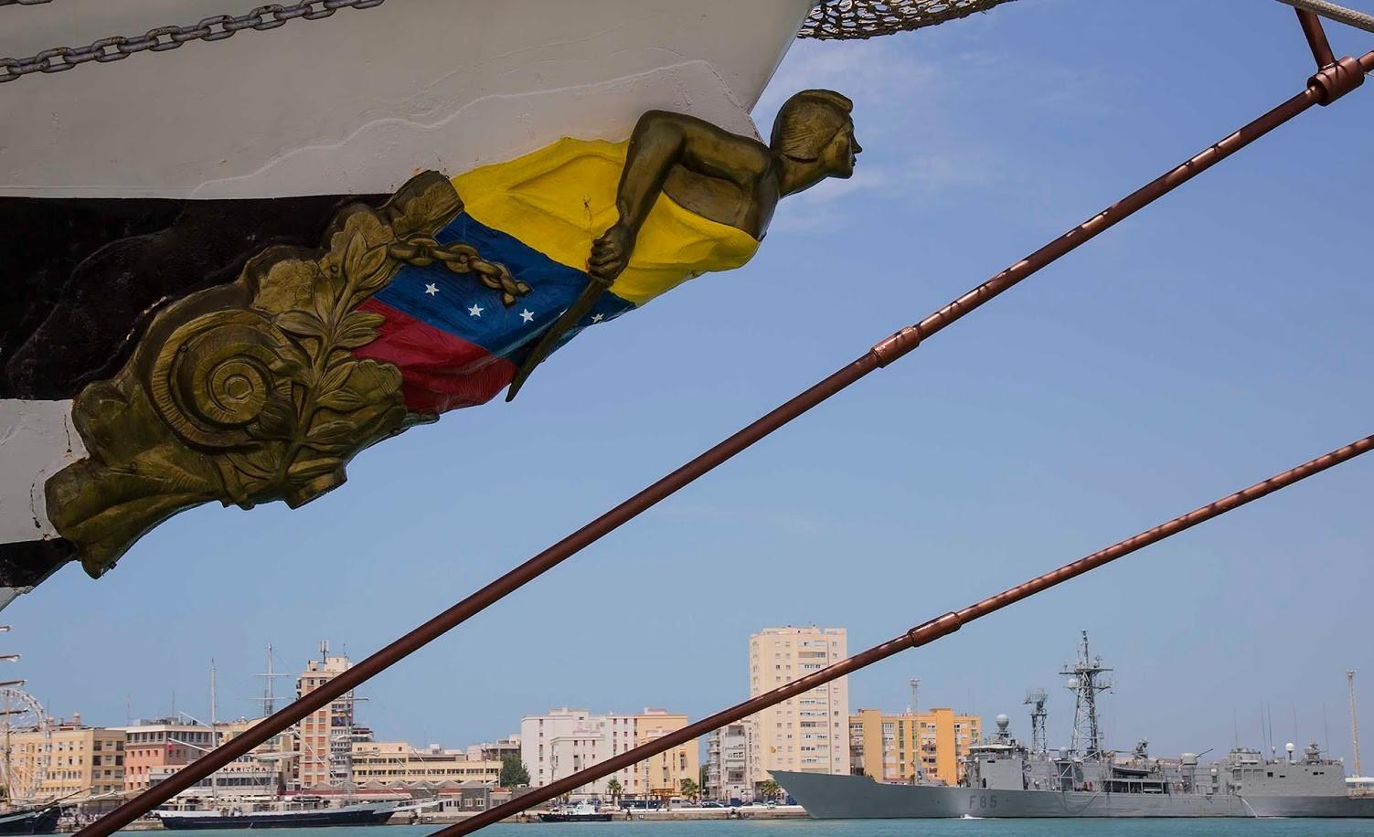 BUQUE ESCUELA ARBV Simón Bolivar BE-11 FORO NAVAL pepe cano cadiz