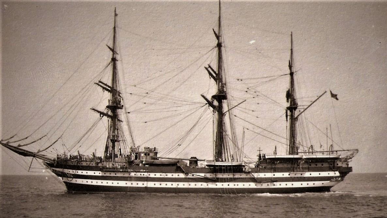 nave scuola Cristoforo colombo buque escuela amerigo vespucci foro naval (36)
