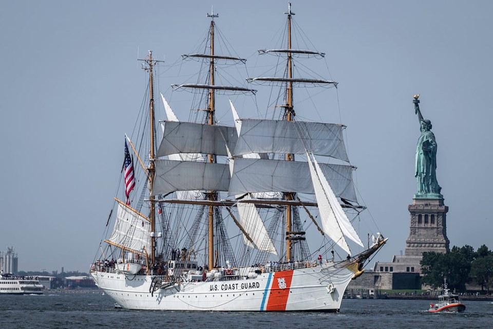 USCGC Eagle (2)