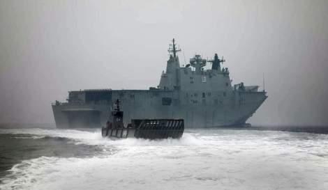 HMAS Adelaide L-01 Foro Naval incendios Australia