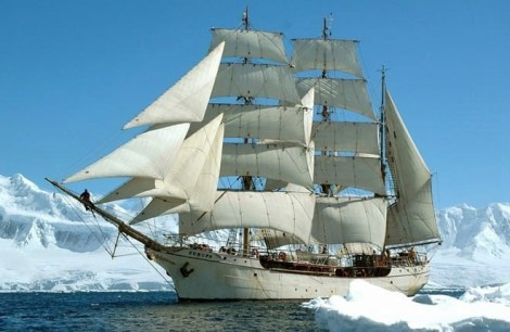 Buque Escuela Faro Europa Foro Naval (4)