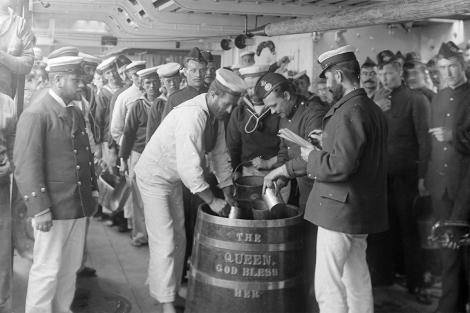 Grog ron palido Montero motril pusser royal navy armada gibraltar Foro Naval (15)