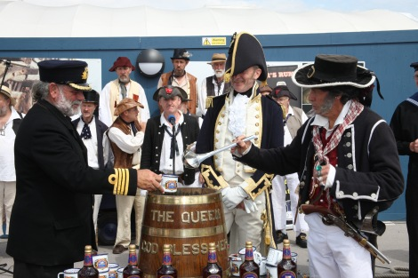 Grog ron palido Montero motril pusser royal navy armada gibraltar Foro Naval (17)