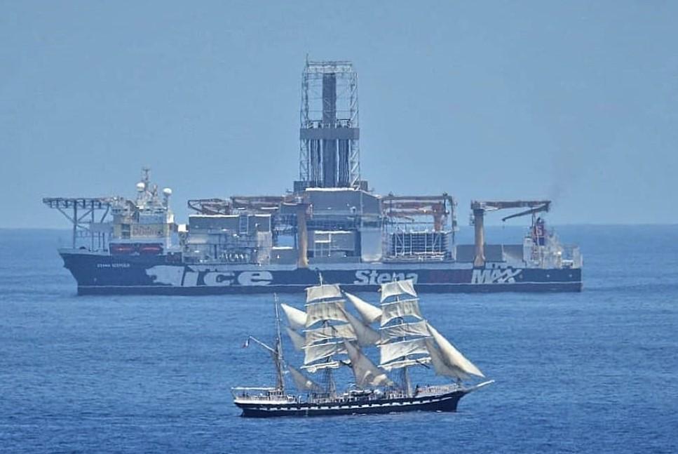 La imagen tiene un atributo ALT vacío; su nombre de archivo es tall-ship-belem-foro-naval-2.jpg
