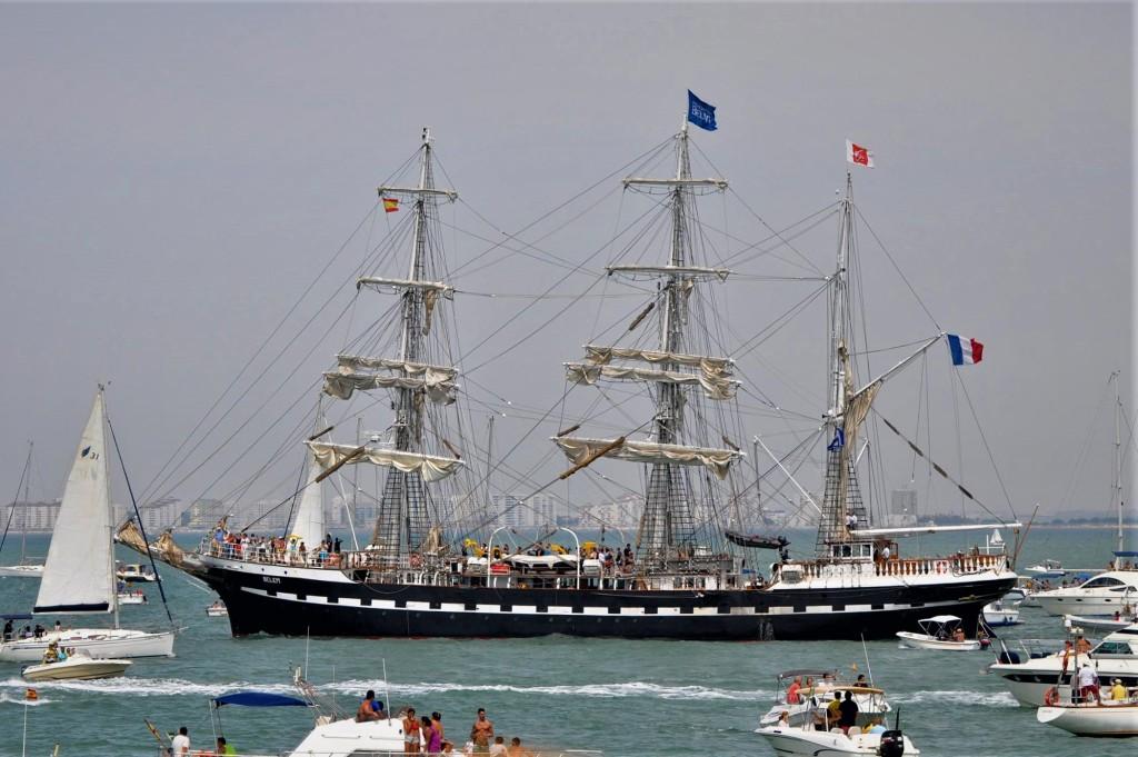 La imagen tiene un atributo ALT vacío; su nombre de archivo es tall-ship-belem-foro-naval-7.jpg